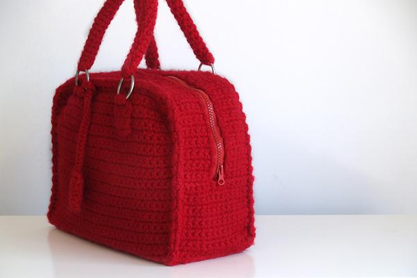 Bolso de ganchillo tipo malet n silayaya - Como hacer bolsos tejidos ...