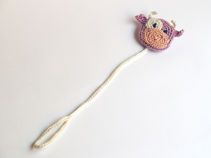 chupetero vaca crochet pacifier