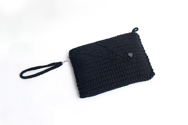 black clutch negro