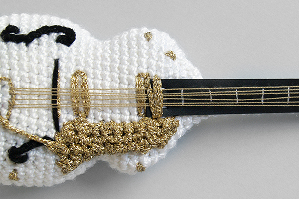 gretsch white falcon crochet