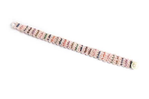 soft pink crochet bracelet / brazalete rosa de ganchillo