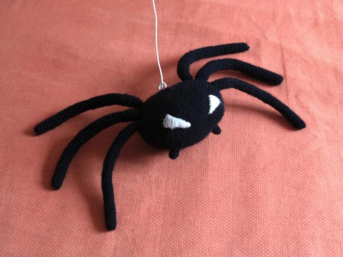 amigurumi araña